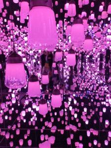 ランプ ピンク